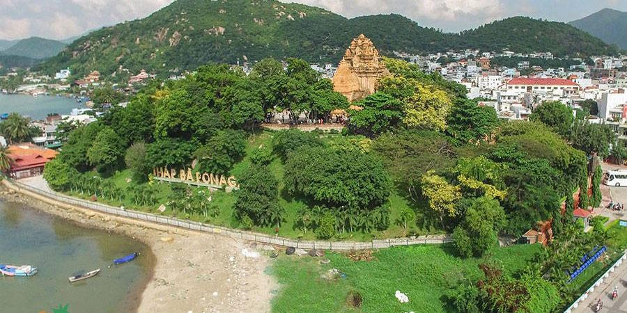 Tháp Bà Ponagar - 2 Tháng 4, Vĩnh Phước, Tp. Nha Trang, Khánh Hòa