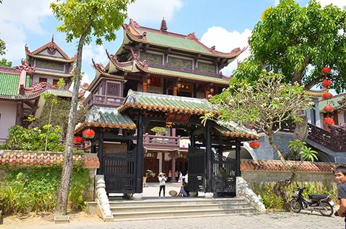Chùa Bảo Lâm - Chóp chài,  Bình Kiến, Tuy Hòa, Phú Yên