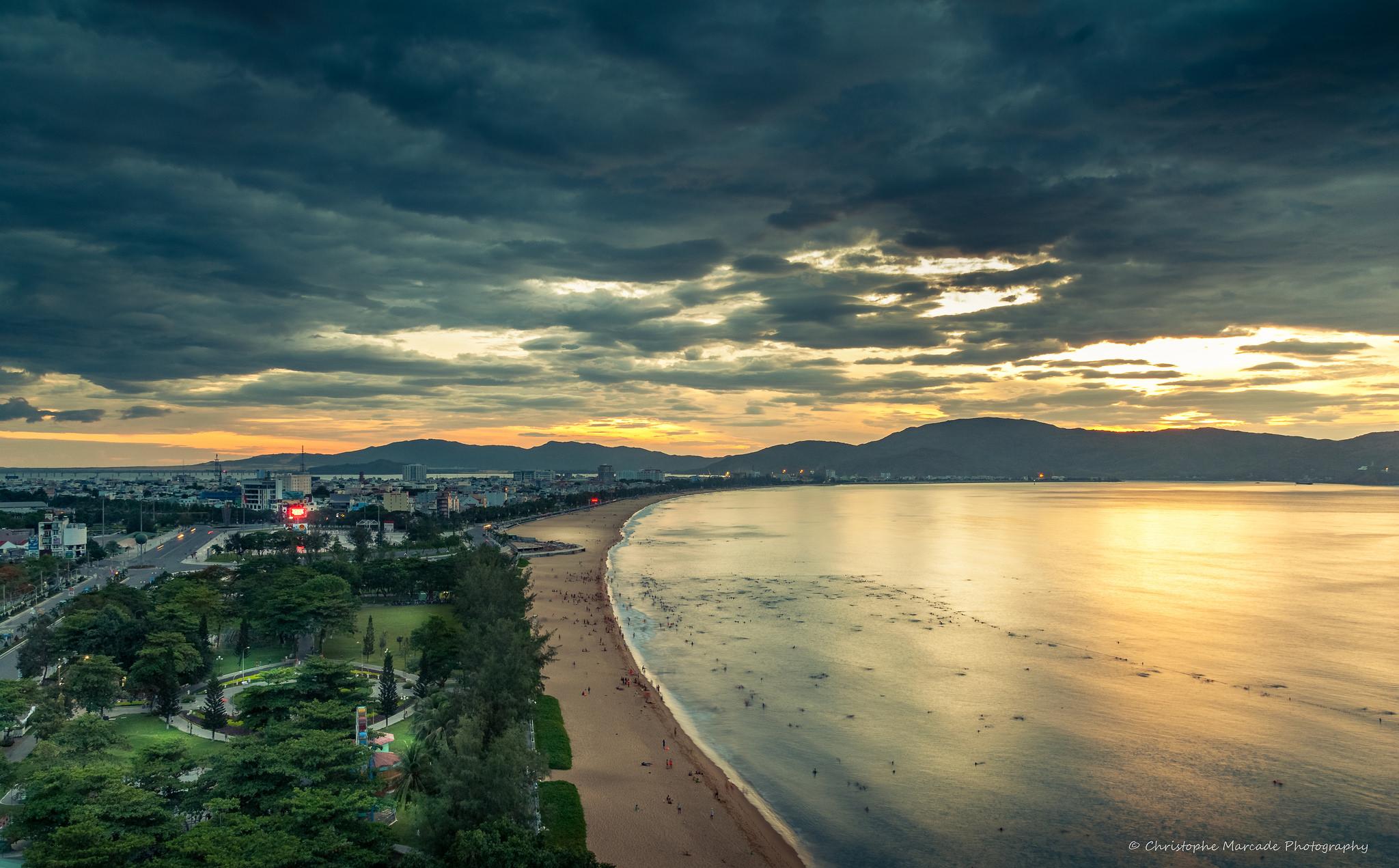Bãi biển Qui Nhơn - Tp Qui Nhơn, Bình Định